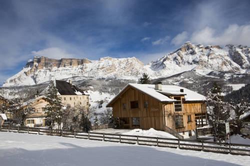 La Villa (Stern) Italy Reservation