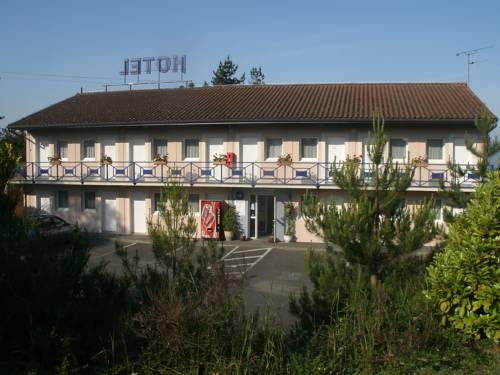Maleville France Booking