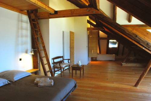 Chateauroux Les Alpes France Booking