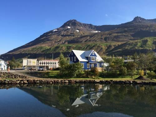 Seyðisfjörður Iceland Booking
