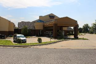 Liberty (MO) United States Hotels