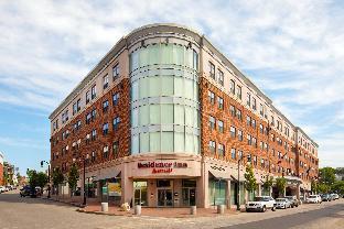Portland (ME) United States Hotel Vouchers