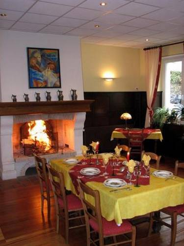 Wildenstein France Booking
