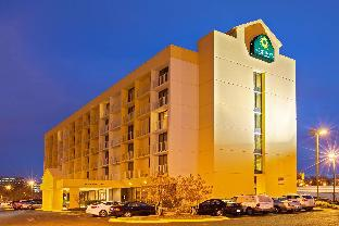 Nashville (TN) United States Hotel Premium Promo Code