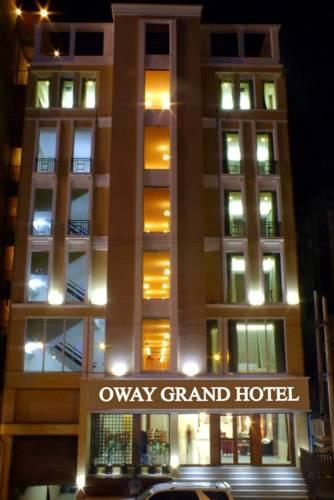 Myanmar Hotel Room