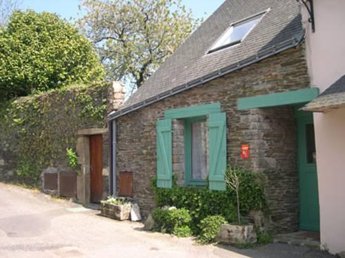 Rochefort-en-Terre France Discount Code