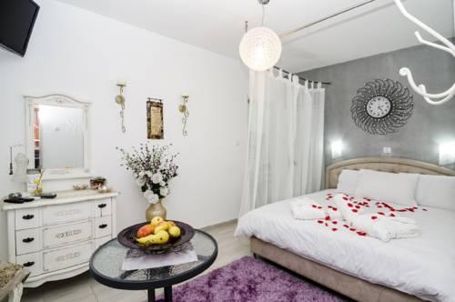 Shlomi Israel Hotel