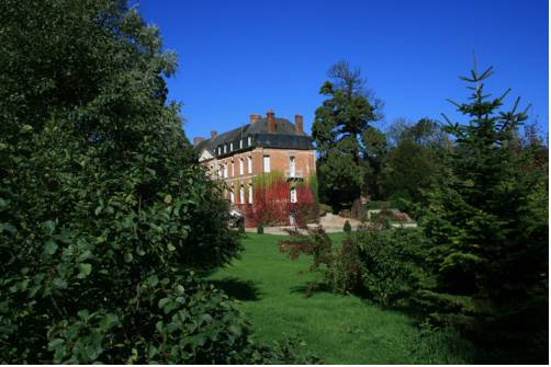 Saint-Aubin-Le-Cauf France Booking