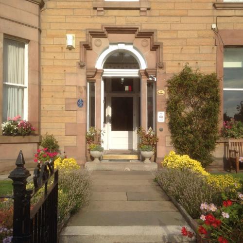 Edinburgh United Kingdom Booking