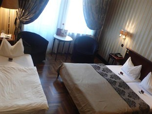 Hungary Hotel Booking