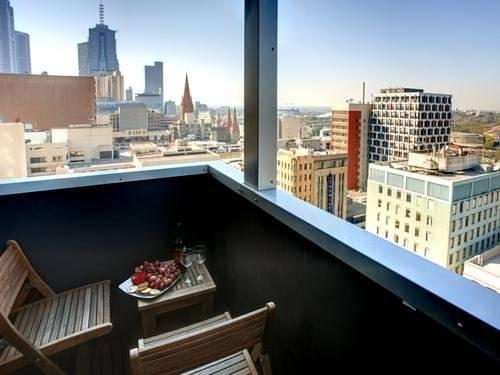 Melbourne Australia Booking