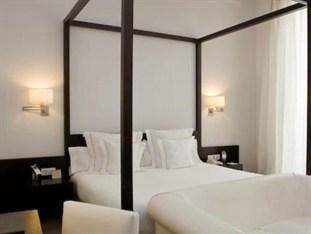 Agoda.com: Smarter Hotel Booking - Spain