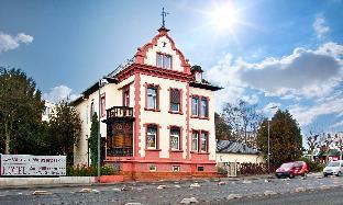 Frankfurt am Main Germany Booking